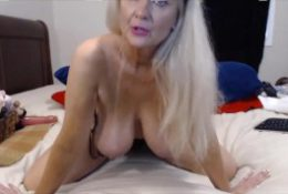 Awesome mature cougar Tammy ass fucking