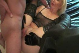 Blonde Sexlehrerin