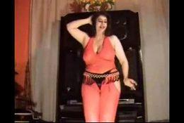 hot egyption dancer