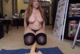I'm busty mom Brigitt with huge ass pounds her phat vagina.mp4