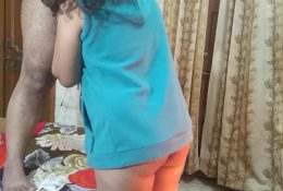 INDIAN COUPLE BLOWJOB ON CAM