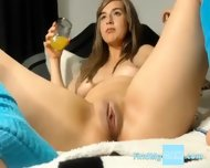 Webcam Girl Hafe Fun And Squirt