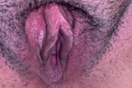 Big pussy Milf: I called dude,he came, all he wants is to see my fat pussy