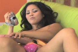Hot girls screw the biggest strap-on dildos and spray16ZGg