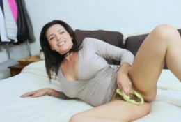 Hot mom feeds panty sniffing stepson with her moist pussy