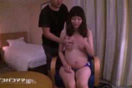 Kanako une asiat bien enceinte pour une baise