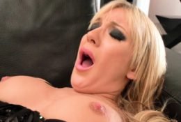Close up pussy and anal fuck blonde