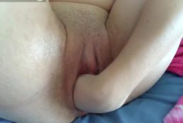 close up self-fisting | perverted pussy stretching