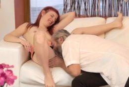 Mature sharing cum and amazing hot babe webcam xxx