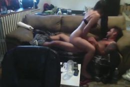 Teen Loves To Take Control On Top