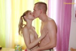 young blond girl 18 years with small tits.mp4