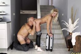 Teen slut blow and mature bisexual couples hd Finally at
