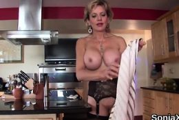 Unfaithful english milf lady sonia displays her overs20oKq