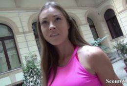 GERMAN SCOUT – Fitness Model Akira May (23) ohne Kondom bei Casting gefickt