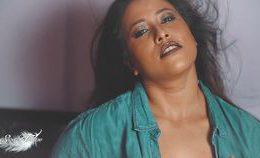 Hot Indian Saree Model Tanushree