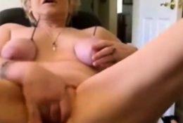 AMAZING WOMEN ON THE CAM 2