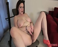 Lady Has Fun With Her Hairy Cunt