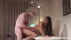 Senior physiotherapist fucks her young and hot client