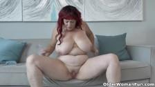 Buxom BBW mom Roxee Robinson from Canada lets you enjoy a slow striptease