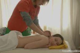 C'est un masseur un peu particulier pour elle…
