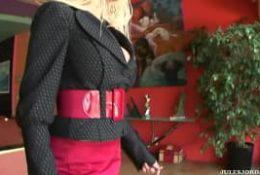 Gina Lynn dans un porno interracial à voir !