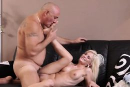 Old man fucks young girl and anal creampie pregnant Horny