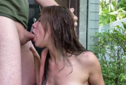 Babe Made a Great Blowjob In The Shower – Сum On Face