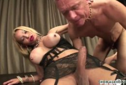 Big cock's shemales like a cocksuckers, Shemales, blowjob, Hungry lips, Sex