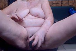 Big grandma masturbating on cam