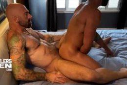 cutlersden: drake masters rocks drew monster big cock in hot ride