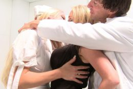 Two horny blonde on stocking got a facial on threesome
