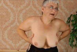 Amateur mature moms and grannies