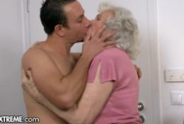 Helping The Granny Next Door – 21Sextreme