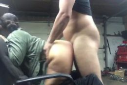 Pawg fucked for car repairs