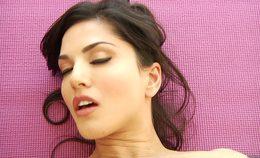 Sunny Leone And Daisy Marie Have Hot Lesbian Sex