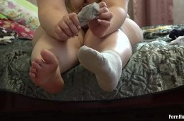Thick legs and masturbation of a young pretty bbw