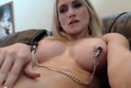Squirting in webcam