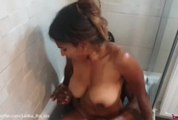 Latika Jha – LJ_006 – Big Boobs Amateur Indian Teen Fucking a Black Cock in Bathroom / CIM / BBC
