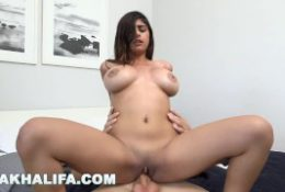 MIA KHALIFA – Arab Babe Suckin' & Fuckin' In The Bathroom