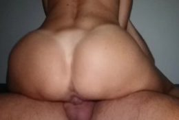 My hot ass stepmom comes to my room and makes me nut in her wet pussy